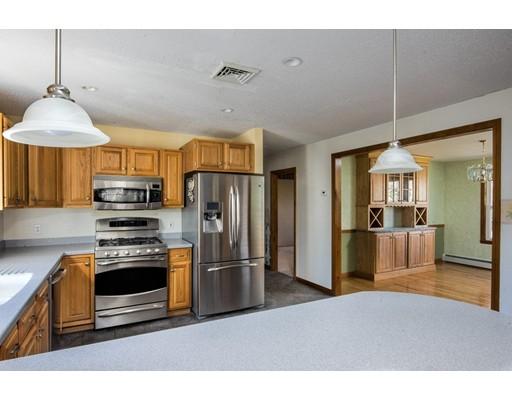 8 Oakstone Way, Westport, MA, 02790