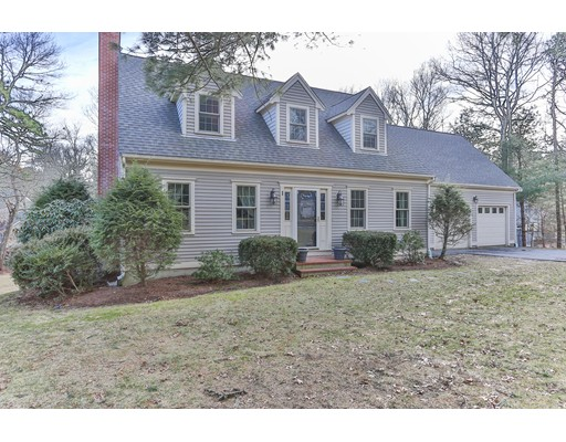Single Family Home for Sale at 1 Sleepy Hollow Lane Sandwich, 02563 United States