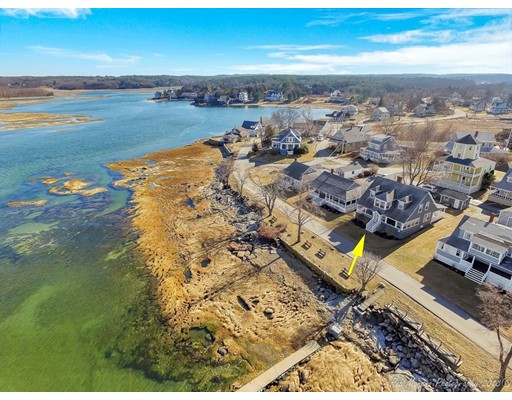 Single Family Home for Sale at 124 Conomo Point Road 124 Conomo Point Road Essex, Massachusetts 01929 United States