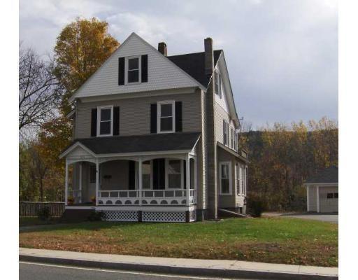 Casa Unifamiliar por un Venta en 106 South Street 106 South Street Ware, Massachusetts 01082 Estados Unidos