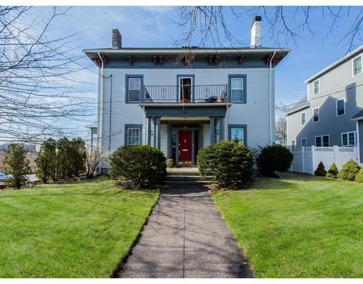 Многосемейный дом для того Продажа на 10 Bradbury Avenue 10 Bradbury Avenue Medford, Массачусетс 02155 Соединенные Штаты