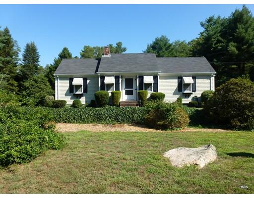 Single Family Home for Rent at 6 Lebaron Way 6 Lebaron Way Mattapoisett, Massachusetts 02739 United States