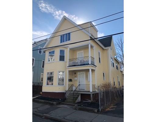 Casa Multifamiliar por un Venta en 66 Lawton Avenue Lynn, Massachusetts 01902 Estados Unidos