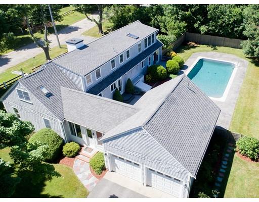 Additional photo for property listing at 10 Lantern Lane  Falmouth, Massachusetts 02540 Estados Unidos