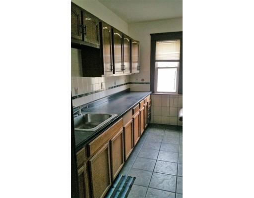 Single Family Home for Rent at 157 Belmont Street Worcester, 01601 United States