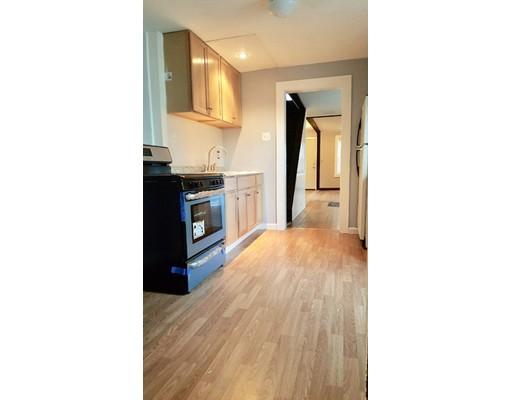 独户住宅 为 出租 在 18 School Street 18 School Street 北安德沃, 马萨诸塞州 01845 美国