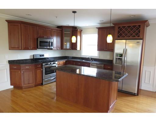 Maison unifamiliale pour l à louer à 75 Brackett 75 Brackett Quincy, Massachusetts 02169 États-Unis