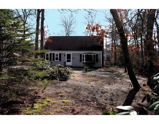 Single Family Home for Sale at 20 Somerset Road 20 Somerset Road Brewster, Massachusetts 02631 United States