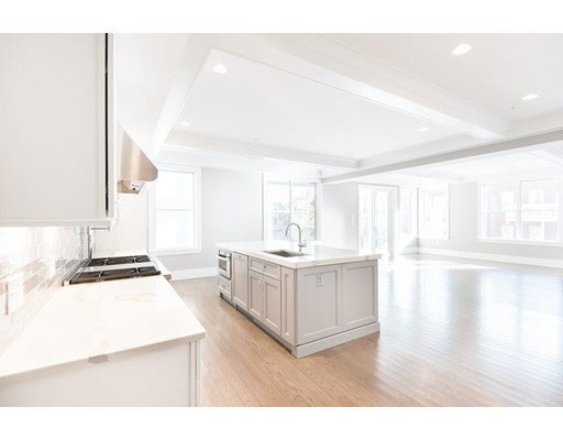 Condominium for Sale at 621 East 1st 621 East 1st Boston, Massachusetts 02127 United States