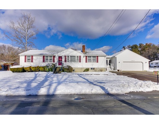 Einfamilienhaus für Verkauf beim 2 Wildwood Street 2 Wildwood Street Burlington, Massachusetts 01803 Vereinigte Staaten