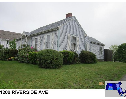 Single Family Home for Sale at 1200 Riverside Avenue Somerset, 02726 United States