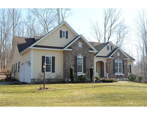 独户住宅 为 销售 在 156 Hendee Road 156 Hendee Road Andover, 康涅狄格州 06232 美国