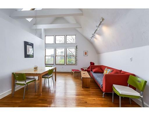 独户住宅 为 出租 在 32 Mason Terrace 布鲁克莱恩, 马萨诸塞州 02446 美国