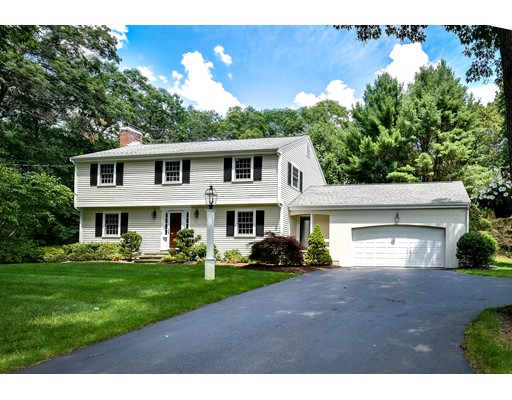 Single Family Home for Sale at 21 Yorkshire Road 21 Yorkshire Road Dover, Massachusetts 02030 United States