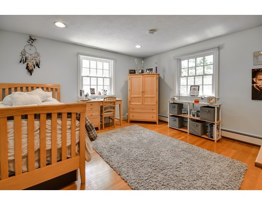 21 Yorkshire Rd, Dover, MA, 02030