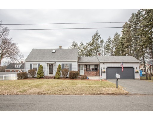 Single Family Home for Sale at 100 7th Avenue 100 7th Avenue Chicopee, Massachusetts 01020 United States