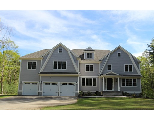 Single Family Home for Sale at 31 Kingsbury Drive 31 Kingsbury Drive Holliston, Massachusetts 01746 United States
