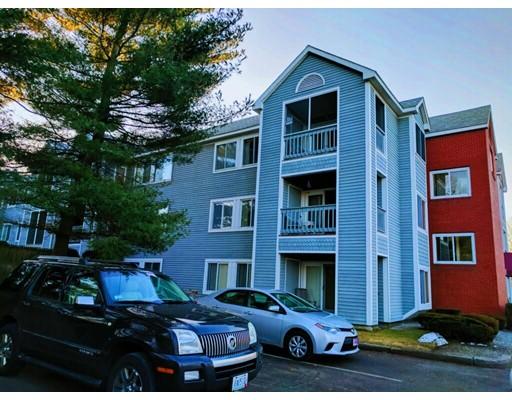Appartement en copropriété pour l Vente à 1800 Douglas Avenue 1800 Douglas Avenue North Providence, Rhode Island 02904 États-Unis
