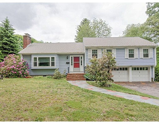 Single Family Home for Rent at 880 Concord Avenue 880 Concord Avenue Belmont, Massachusetts 02478 United States