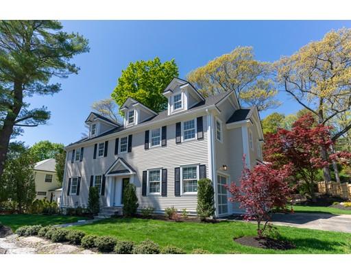 独户住宅 为 销售 在 655 Beacon 655 Beacon 牛顿, 马萨诸塞州 02459 美国