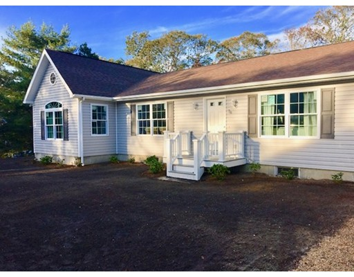 Single Family Home for Sale at 78 Isaac Avenue 78 Isaac Avenue Oak Bluffs, Massachusetts 02557 United States