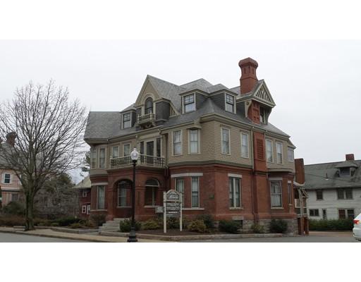 Comercial por un Alquiler en 404 COUNTY STREET 404 COUNTY STREET New Bedford, Massachusetts 02740 Estados Unidos
