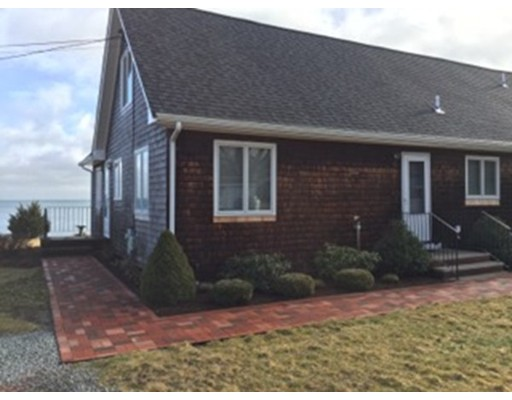 Single Family Home for Rent at 7 Pebble Lane 7 Pebble Lane Kingston, Massachusetts 02364 United States