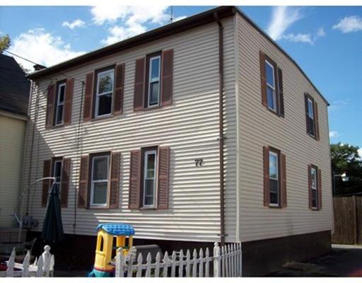 多户住宅 为 销售 在 77 City Hall Avenue Gardner, 马萨诸塞州 01440 美国