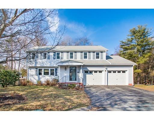 独户住宅 为 销售 在 20 Surrey Lane Needham, 马萨诸塞州 02492 美国
