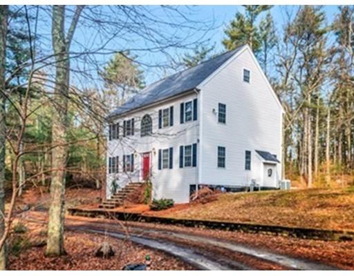Single Family Home for Sale at 221 Deady Avenue 221 Deady Avenue Stoughton, Massachusetts 02072 United States