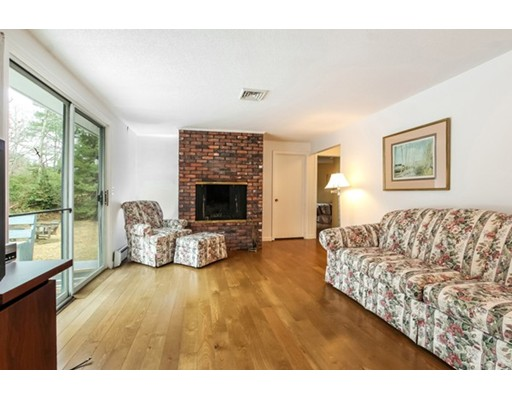 92 Lakeside Dr East, Barnstable, MA, 02630