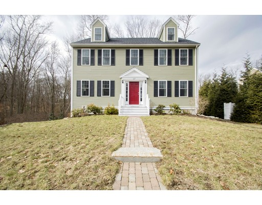 Частный односемейный дом для того Продажа на 117 Dale Street 117 Dale Street Abington, Массачусетс 02351 Соединенные Штаты
