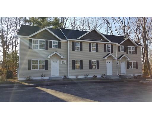 Casa unifamiliar adosada (Townhouse) por un Alquiler en 246 High St. Ext. #10 246 High St. Ext. #10 Lancaster, Massachusetts 01523 Estados Unidos