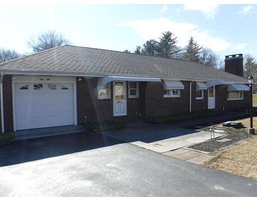 Single Family Home for Sale at 68 Salem Street 68 Salem Street Rockland, Massachusetts 02370 United States