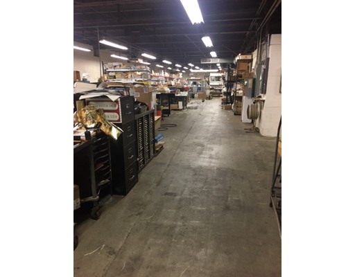 Commercial for Rent at 19 South Main 19 South Main Millbury, Massachusetts 01527 United States