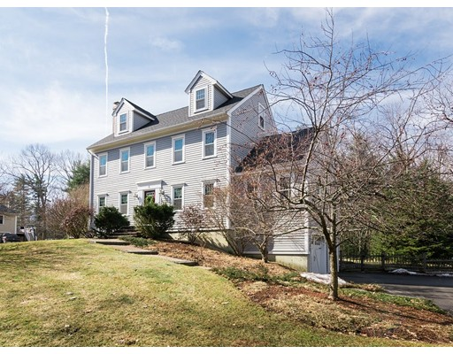 واحد منزل الأسرة للـ Sale في 6 Edgewood Drive 6 Edgewood Drive Pepperell, Massachusetts 01463 United States