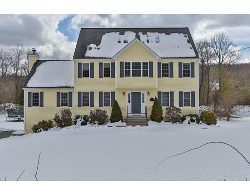 Maison unifamiliale pour l Vente à 57 Crosby Road 57 Crosby Road Grafton, Massachusetts 01519 États-Unis