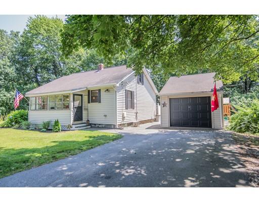 独户住宅 为 销售 在 17 Webster 安德沃, 马萨诸塞州 01810 美国
