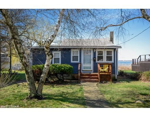 Maison unifamiliale pour l Vente à 11 Bayview Avenue 11 Bayview Avenue Fairhaven, Massachusetts 02719 États-Unis
