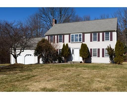 Частный односемейный дом для того Продажа на 16 John Matthews Road 16 John Matthews Road Southborough, Массачусетс 01772 Соединенные Штаты