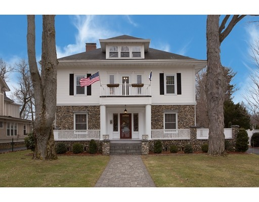 Maison unifamiliale pour l Vente à 26 Longmeadow Street 26 Longmeadow Street Longmeadow, Massachusetts 01106 États-Unis