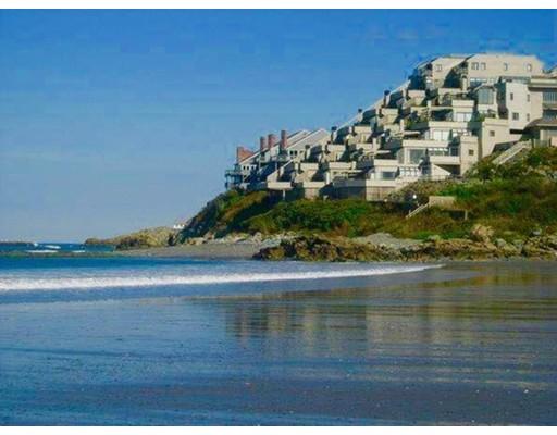 Condominium for Rent at 57 Oceanside Dr #57 57 Oceanside Dr #57 Hull, Massachusetts 02045 United States