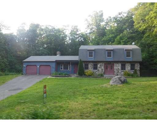 Casa Unifamiliar por un Venta en 59 SOMERSET LANE 59 SOMERSET LANE Somers, Connecticut 06071 Estados Unidos