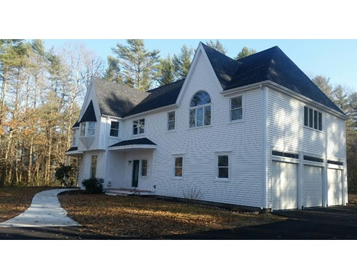 Single Family Home for Sale at 23 Holly Tree Lane Middleboro, 02346 United States