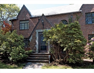 376 Newton St  is a similar property to 230 Middlesex Rd  Brookline Ma