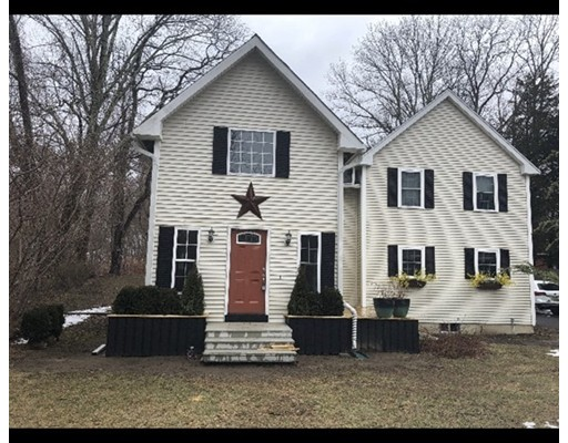 Single Family Home for Sale at 397 Bedford Street 397 Bedford Street Lakeville, Massachusetts 02347 United States