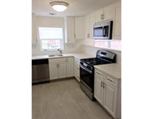 独户住宅 为 出租 在 200 bedford Woburn, 01801 美国