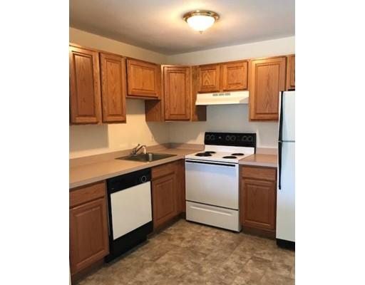 Частный односемейный дом для того Аренда на 392 great Road 392 great Road Acton, Массачусетс 01720 Соединенные Штаты