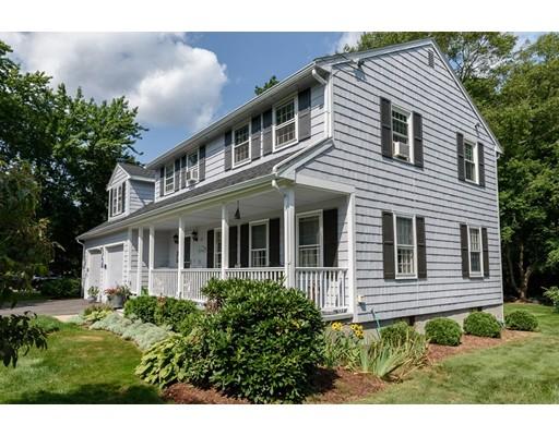 Частный односемейный дом для того Продажа на 23 Pinecone Lane 23 Pinecone Lane Southborough, Массачусетс 01772 Соединенные Штаты