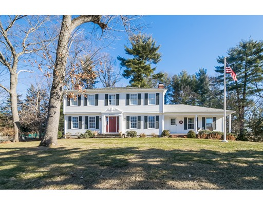 Single Family Home for Sale at 332 Pinewood Drive Longmeadow, Massachusetts 01106 United States